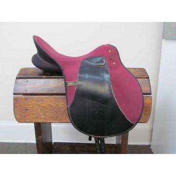 "Wintec 17"" Lightweight Dressage Saddle"