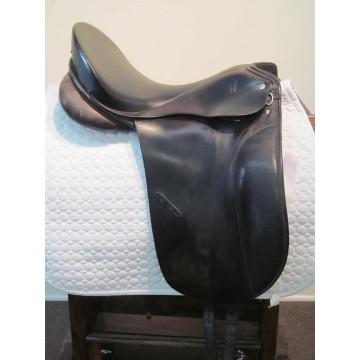 """Otto Schumacher 17-1/2"""" Dressage Saddle"""