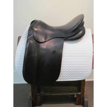 """Arabian Saddle Co. 17"""" Dressage Saddle"""