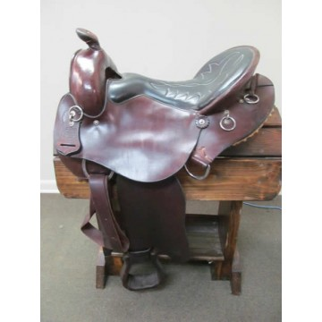 "Crest Ridge Saddlery 17"" Gaited Trail Saddle"