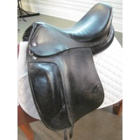 Verhan 17 1/2'' Dressage Saddle
