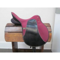 "Wintec 17"" Lightweight Dressage Saddle"