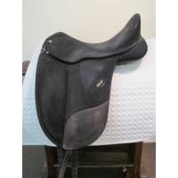 """Wintec 17"""" Dressage Saddle"""