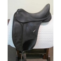 "Wintec 17-1/2"" Dressage Saddle"