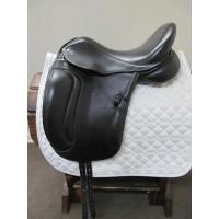 """Superior Saddlery 17"""" Dressage Saddle"""